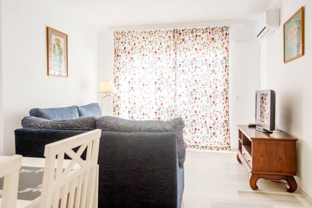 Apart Daire, 2 Yatak Odası, Teras - Oturma Odası