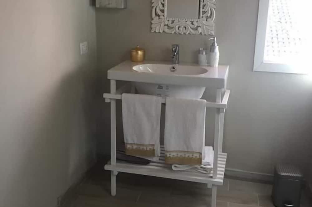 Habitación cuádruple clásica - Cuarto de baño