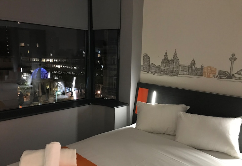 easyHotel Liverpool, Liverpool, Double Room, 1 Double Bed, Guest Room