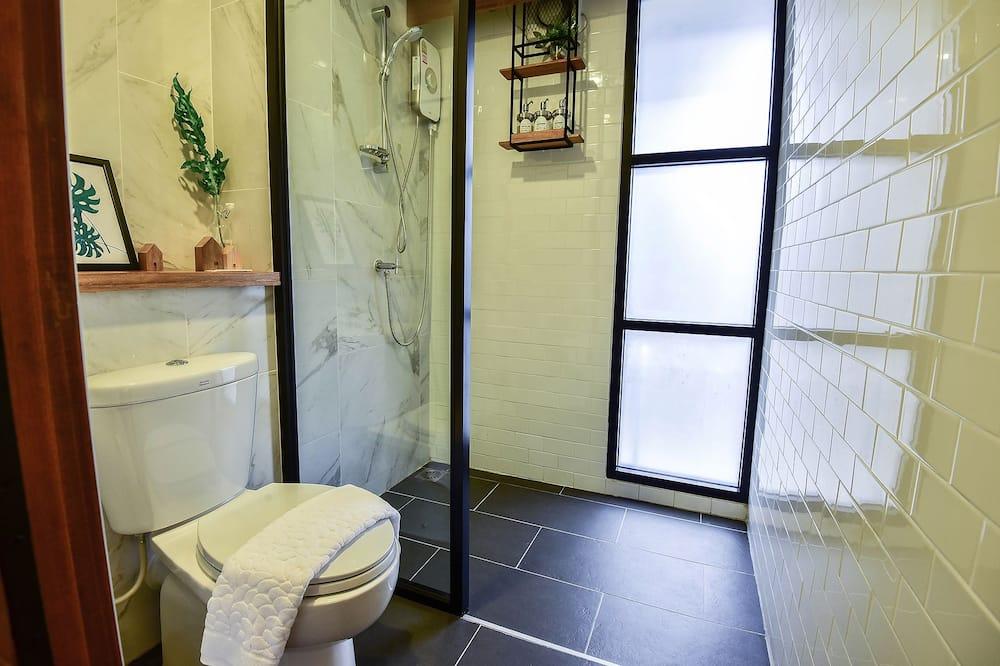 Deluxe Double Room with Balcony  - Bathroom