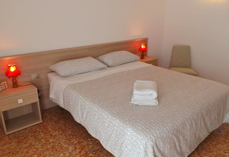 露娜弗萊西出租公寓酒店, 米蘭