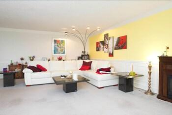 Picture of Gorgeous Two-Bedroom Condo in Edmonton