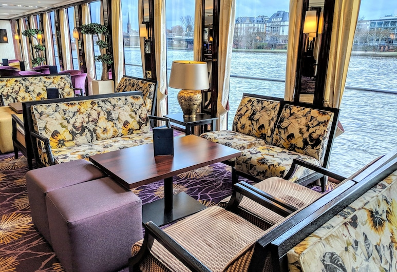Select MS Charles Dickens - Neuss, Neuss, Salón lounge del hotel