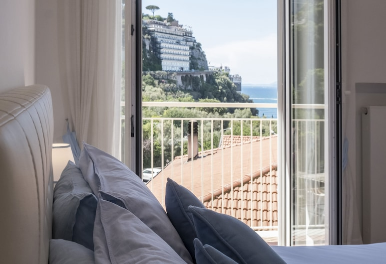 Luxury home with sea-view, Sorrento