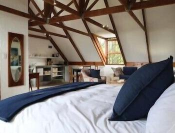 תמונה של Hemel & Aarde Village Accommodation בהרמנוס