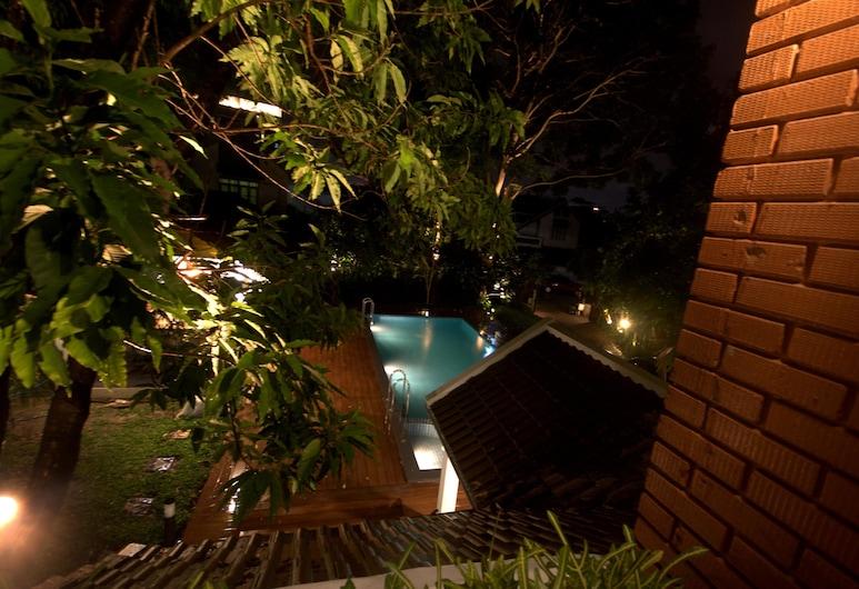 Nimman Pool Villa, Chiang Mai, 4 Bedrooms Vacation House , Udsigt fra værelse