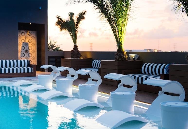Marquee Playa Hotel, Plaja del Karmenas, Terasa / vidinis kiemas