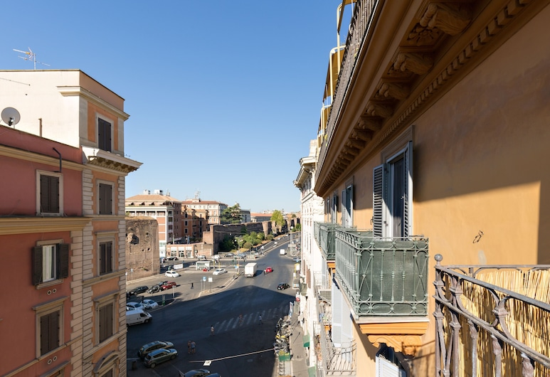 Dolce Luxury Rooms, Rome, Deluxe Double Room, 1 Queen Bed, Balcony, City View, Balcony