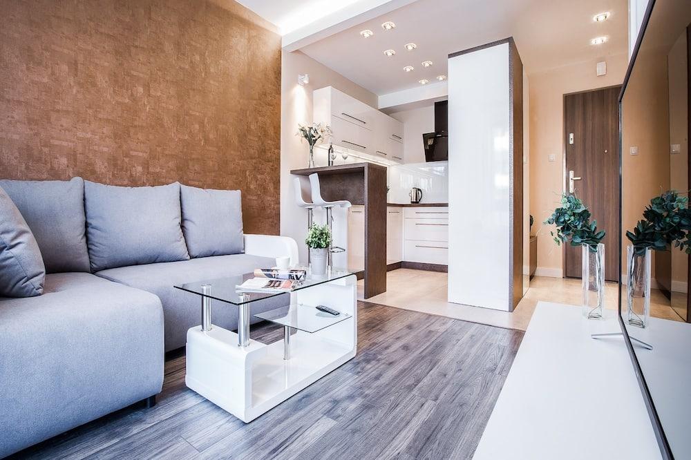Deluxe Apartment, 1 Bedroom, Balcony - Living Area
