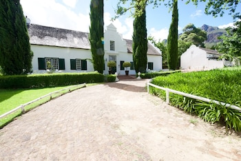 Picture of Mountain Shadows Estate in Paarl