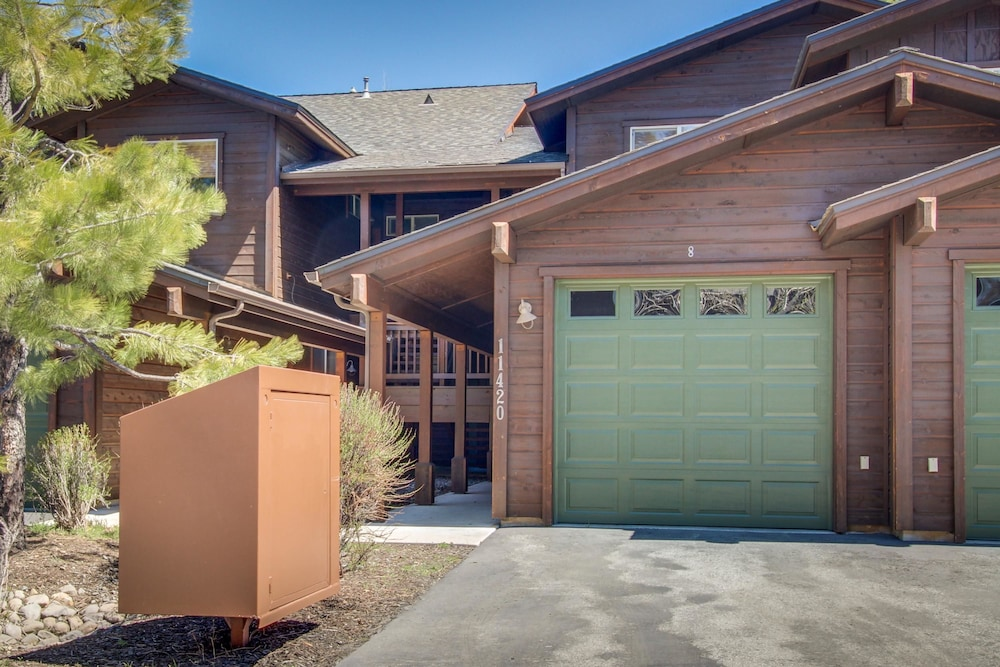 Book Monument Glade Vacation Home 3 Bedroom In Truckee Hotels