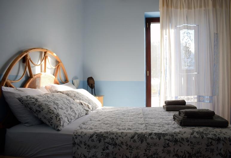 Casa delle Ginestre, Nicolosi, Villa, 3 Bedrooms, Bilik