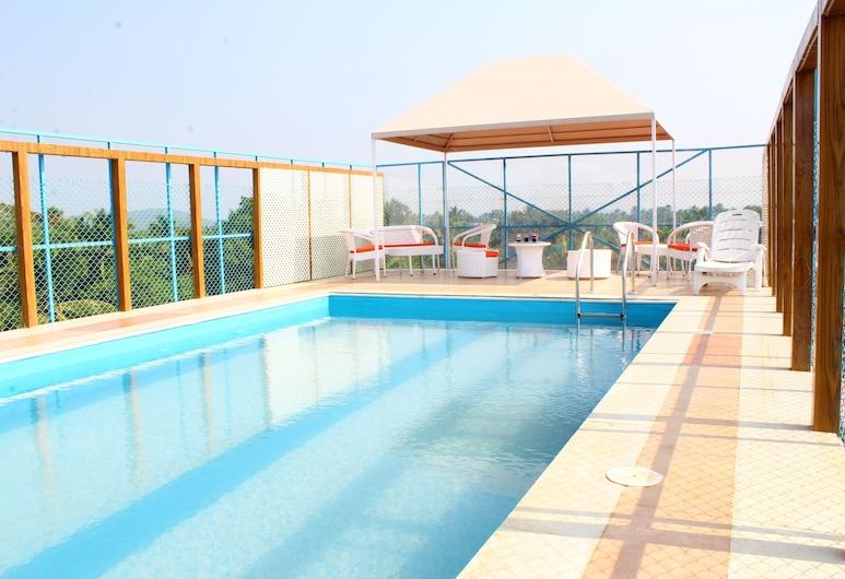 薩渥伊宮酒店, Calangute, 天台泳池