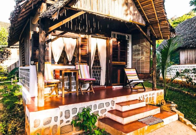 Ilo Village, Nosy Komba, Bungalow Confort (Tanikely), Terraza o patio