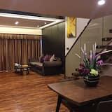 Deluxe Duplex A - Living Area