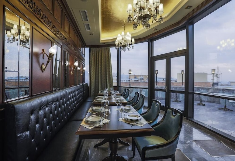 Golden Palace Hotel, Yerevan, Terras