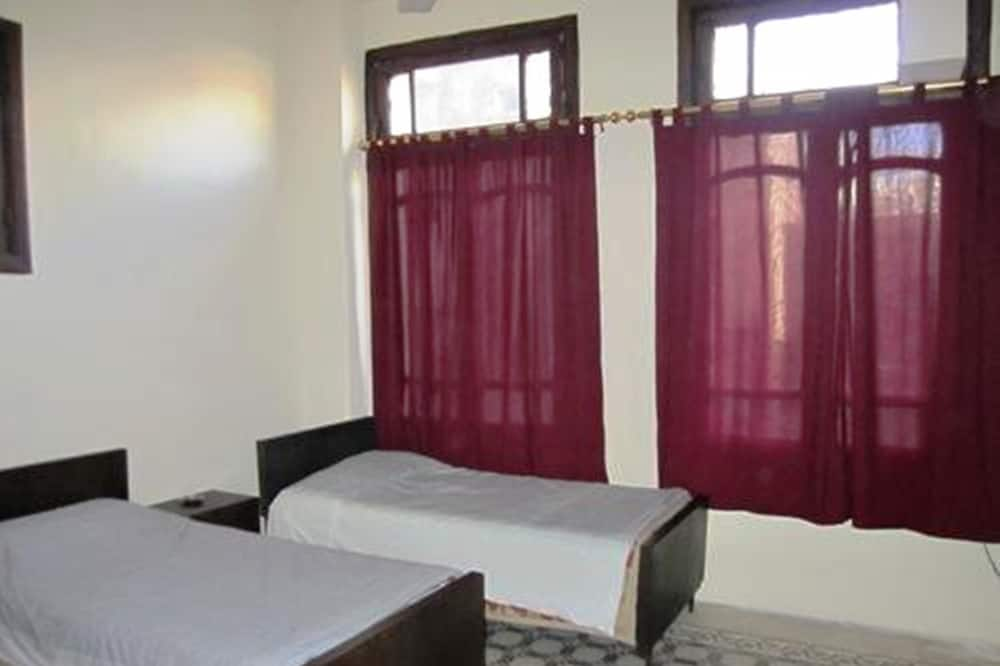 Třílůžkový pokoj typu Basic - Pokoj