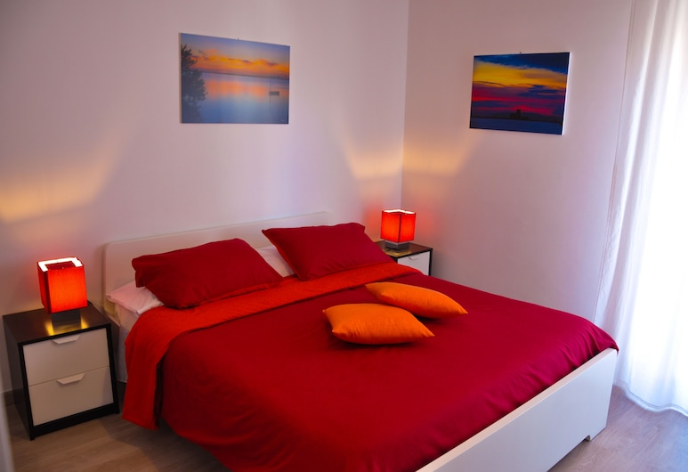 B&B MaryJosè, Trapani, Exclusive Double Room, 1 King Bed, Ensuite, City View, Guest Room View