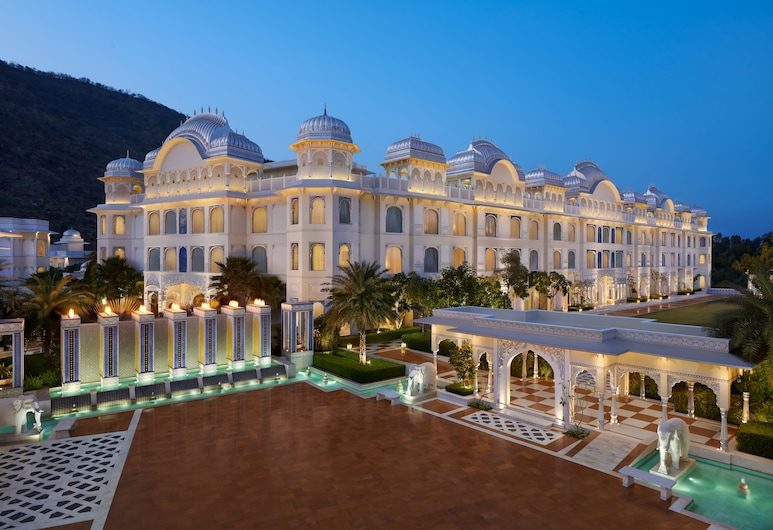 The Leela Palace Jaipur, Jamwa Ramgarh