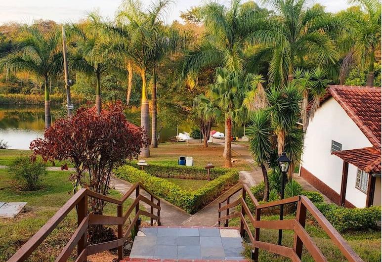 Senior Village Eco Resort (Siriema), Jaboticatubas, Jardín