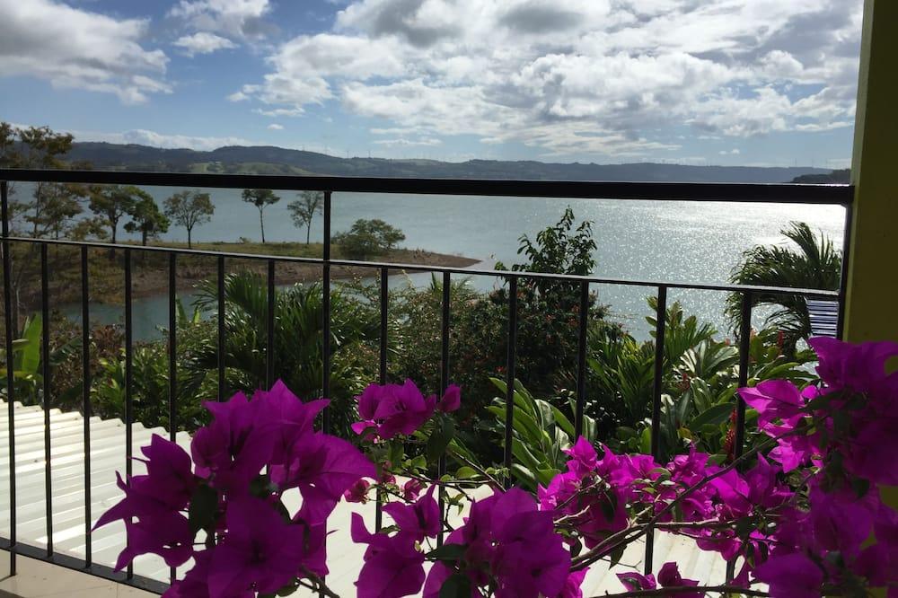 Standard Studio Suite, 1 Bedroom, Lake View, Lakeside - Balcony