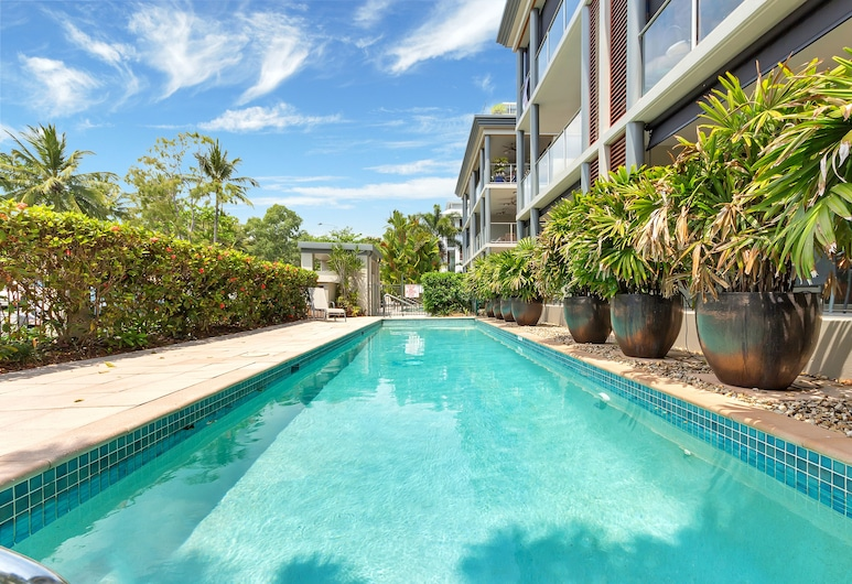 Peponi 4 - Beachfront Apartment, Yorkeys Knob