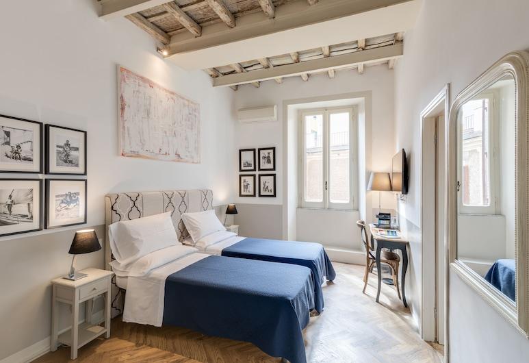 The BlueHostel, Róma, Romantikus szoba kétszemélyes vagy két külön ággyal, kilátással az udvarra, Vendégszoba