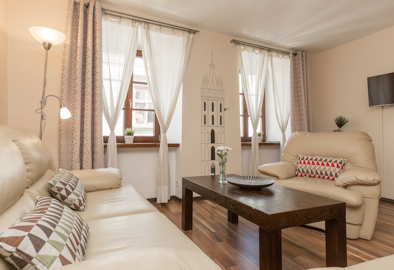 Erasmus Student Apartments, Krakau, 3-Room Apartment with Old Town View (Sw. Tomasza St.) #12, Wohnzimmer