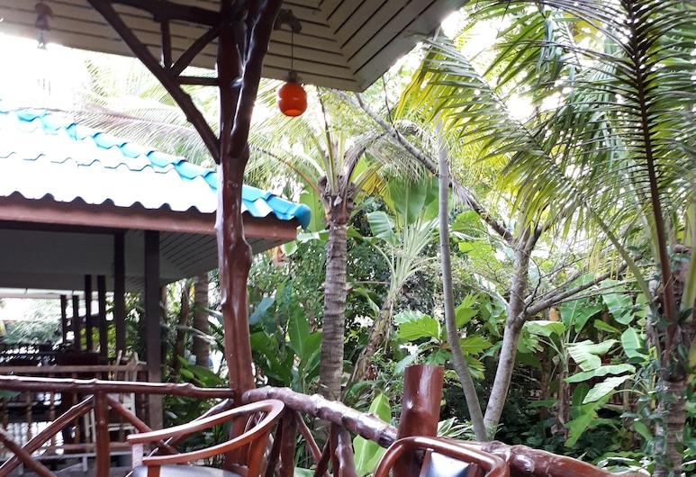 Sansuk Resort, Amphawa, Αίθριο/βεράντα