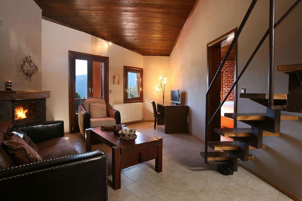Lakosztály, erkély, kilátással a hegyre - Nappali