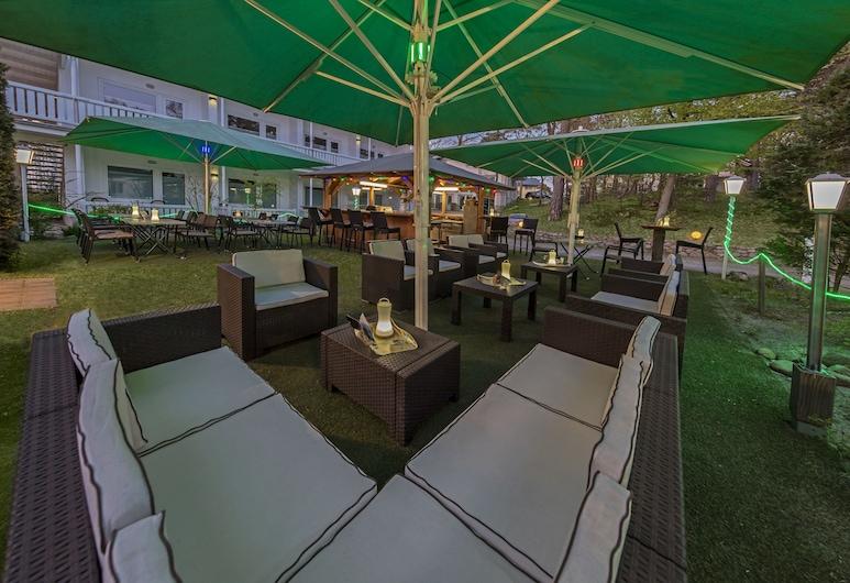 Hotel Waldidyll, Ostseebad Baabe, Courtyard