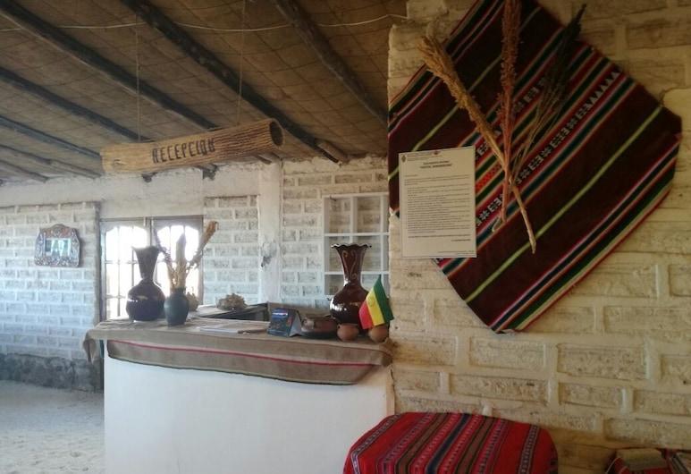 Hotel de Sal Samarikuna, Colcha K, Reception