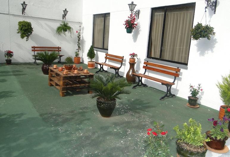Hotel LEF, Quito, Terrasse/patio