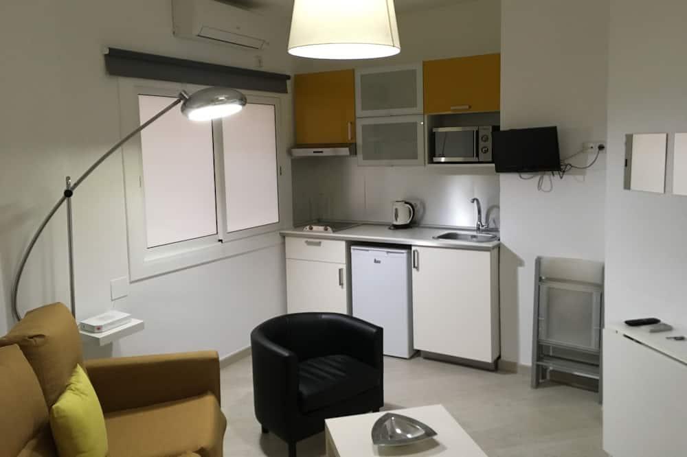 חדר קומפורט לשלושה - אזור מגורים