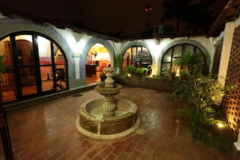 Picture of Hotel Casa Colonial in Managua