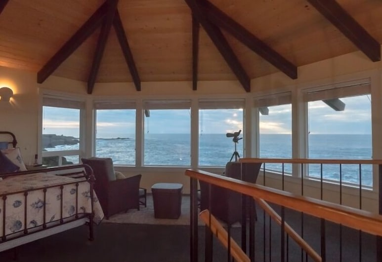 Cliff House at Otter Point, Mendocino, View from property