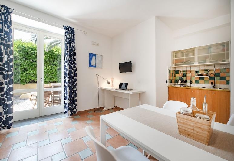 Gioia 37 Apartments, Остров Прочида, Улучшенная студия, Несколько кроватей, Зона гостиной