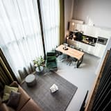 Apartment, 1 Bedroom (2 queen beds + double sofabed) - Living Room