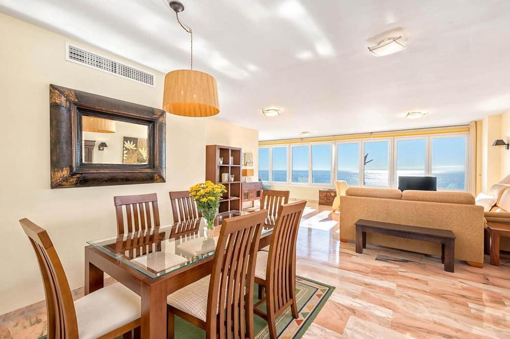 Apartmán, 3 ložnice, výhled na moře - Obývací prostor
