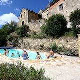 Standard-Ferienhaus, mit Bad, Poolblick (La Fenière) - Zimmer