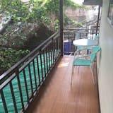 Shared Dormitory with Air Condition  - Varanda