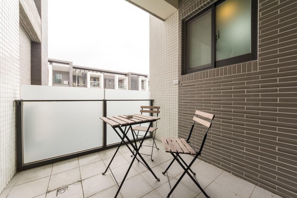 חדר סופריור לשלושה - מרפסת