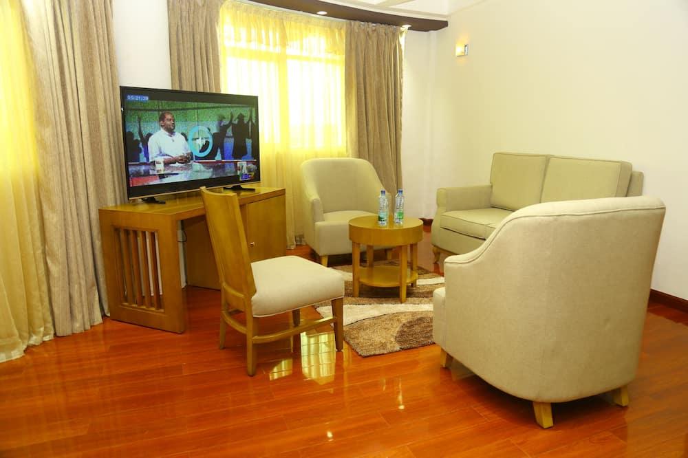 Номер-люкс бізнес-класу, 1 ліжко «кінг-сайз», обладнано для інвалідів, з видом на озеро - Житлова площа