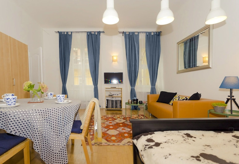 Laksa Apartments, Budapest, Apartment, 2 Bedrooms (Oasis), Living Area