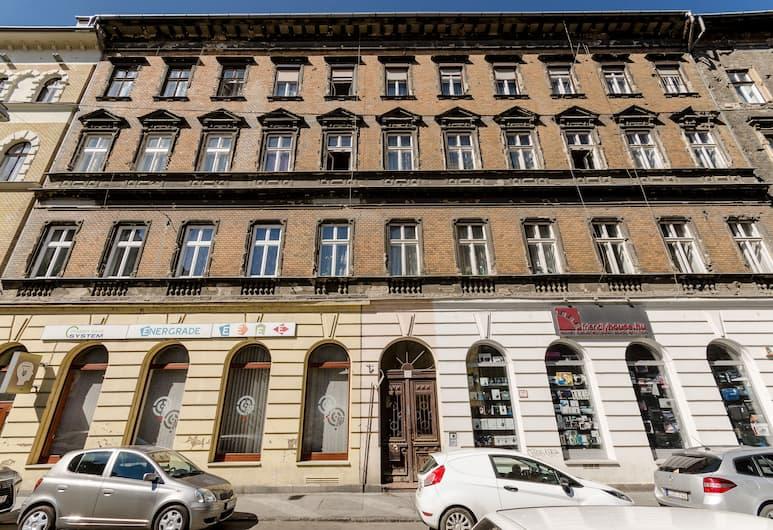 Verbena Apartment, Budapest, Exterior