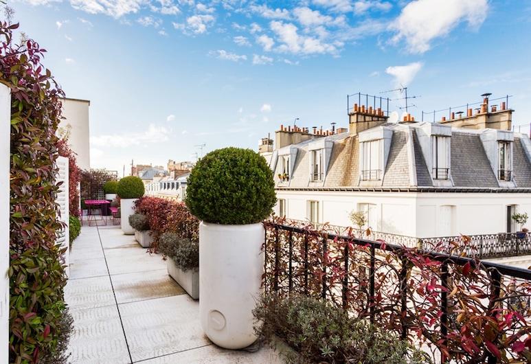 Champs Elysees Area Private Apartment, Paryż