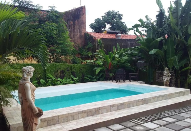 Reviver Hostel, Sao Luis, Pool