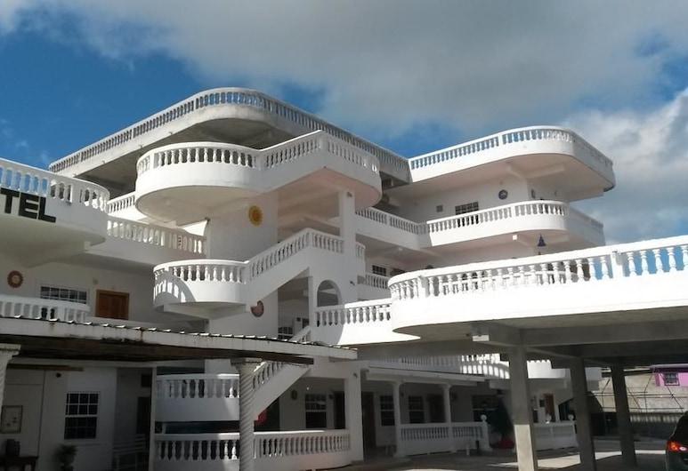 Las Palmas Hotel, Corozal