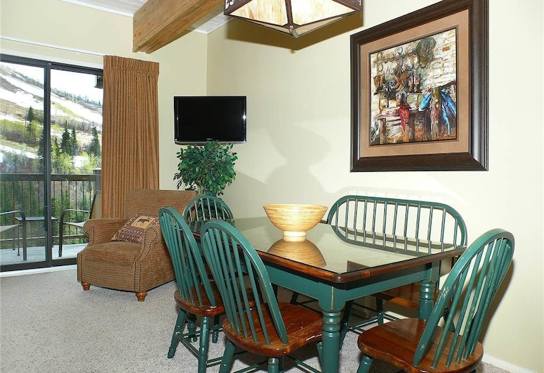 Storm Meadows Club B Condominiums - CB317, Steamboat Springs