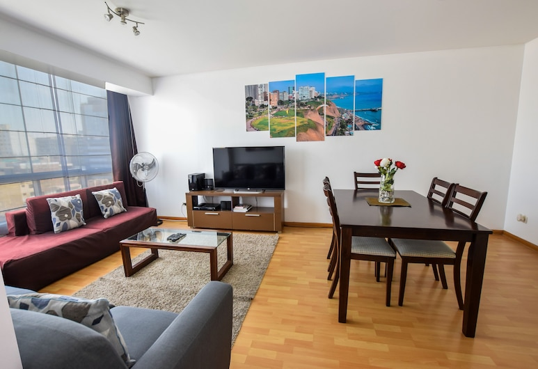 Lux Miraflores Apartments Alcanfores, Lima, Luxury Apartment, 2 Bedrooms, City View, Living Area